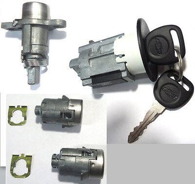 NEW GM OEM Ignition Key Lock Cylinder Switch W//2 Chevy Bow-Tie Logo Chip Keys