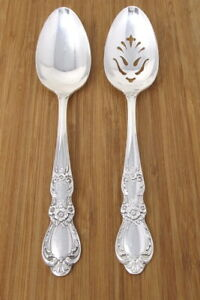 1847 Rogers Bros HERITAGE 2 Silverplate Serving Spoons Pierced Smooth Lot
