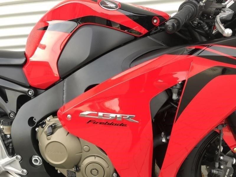 Honda, CBR 1000 RR Fireblade, 1000