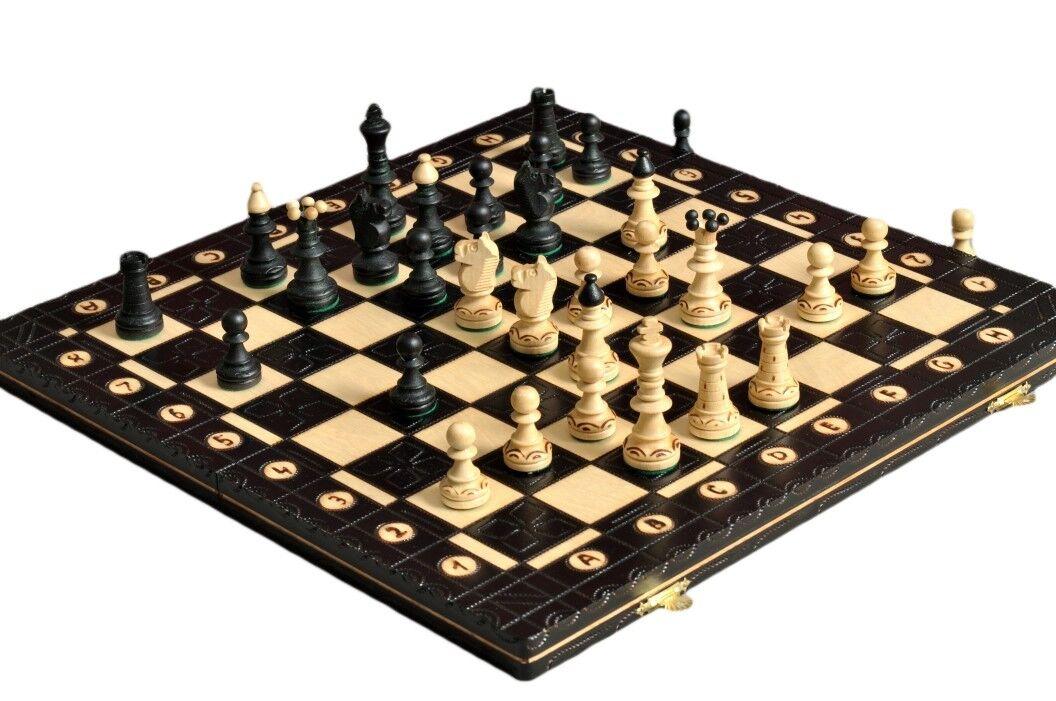 El juego de ajedrez negro Junior