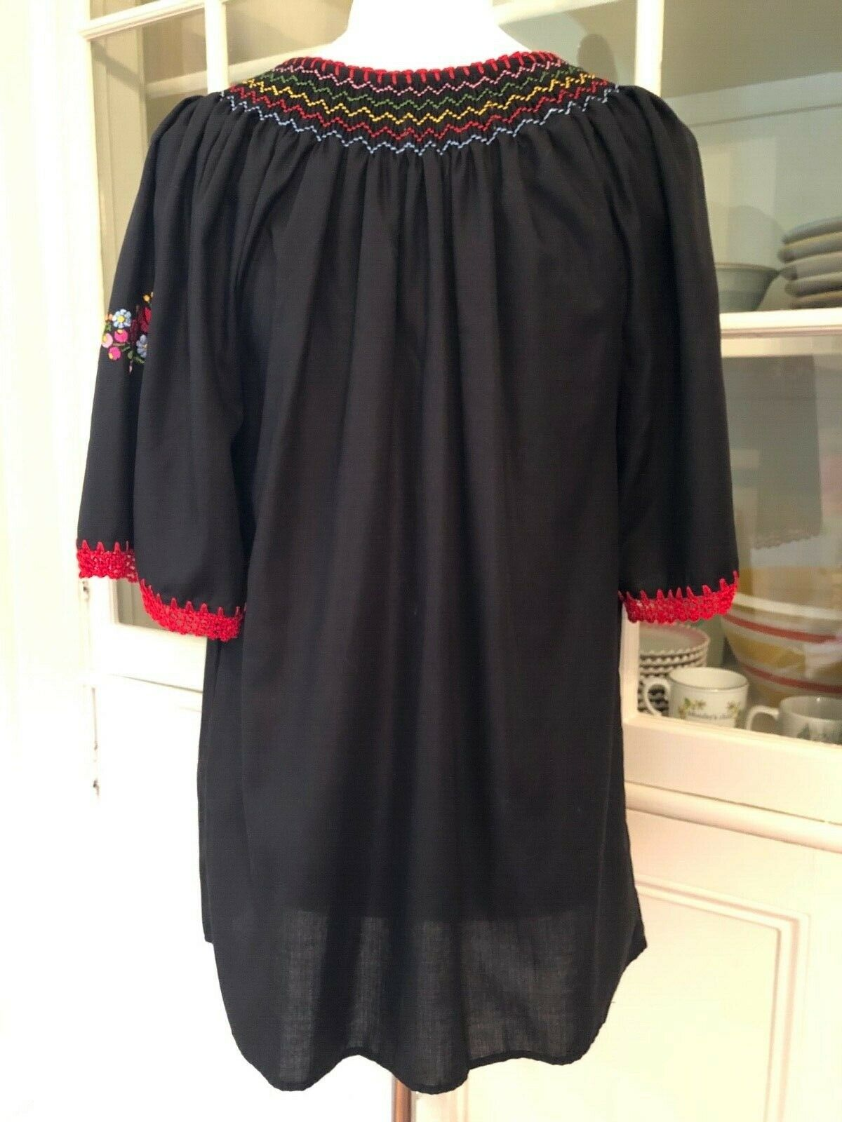 Muzunga Sisters Embroidered Floral Cotton Blouse,… - image 8