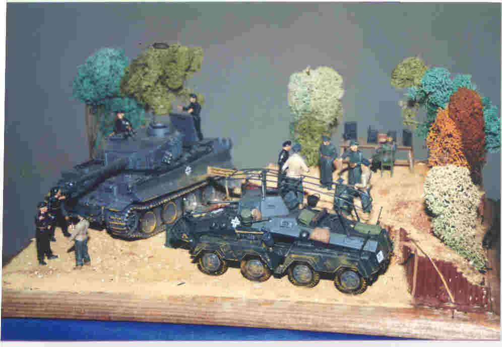 Diorama  35 trés  bonne realisation Char tigre et chenille allehommed France 1944  livraison et retours gratuits
