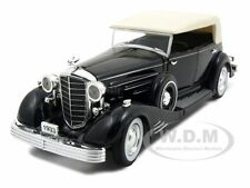 1933 CADILLAC FLEETWOOD BLACK 1:32 DIECAST MODEL CAR BY SIGNATURE MODELS 32302