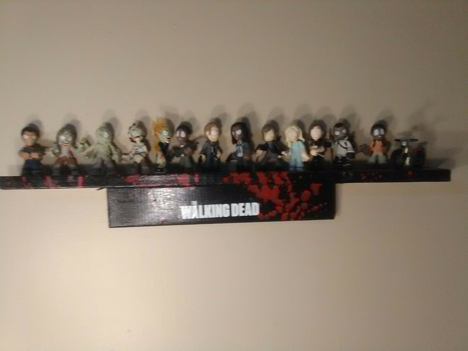 The Walking Dead Funko Mystery Minis series 3 complete set with signed shelf