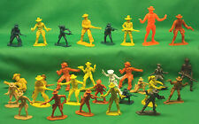 Lot of 29 Plastic TOY COWBOYS various styles