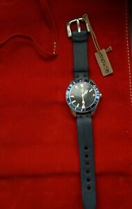 NEW-Uno-de-50-UNISEX-Blue-Leather-Silver-Large-Round-Face-7-034-9-034-Watch-RP-365