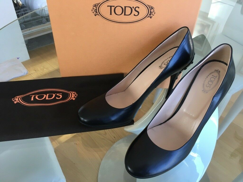 BNWB Tods Court shoes SIZE UK 6   EUR 39