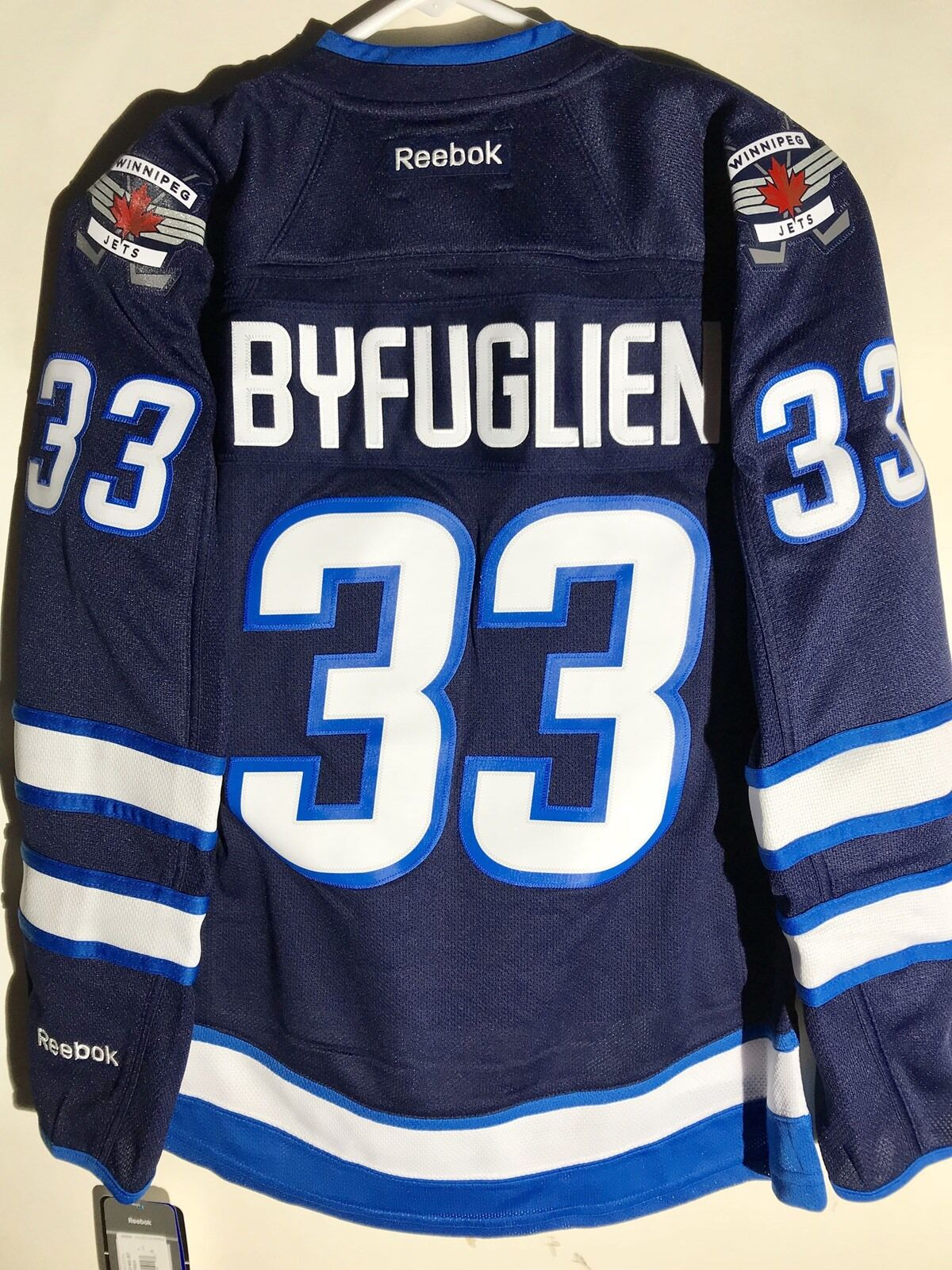 buy cheap a4f30 cff47 Reebok Women's Premier NHL Jersey Winnipeg Jets Dustin Byfuglien Navy sz L
