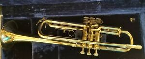 Vintage-York-Trumpet-with-accessories-and-cleaning-tools