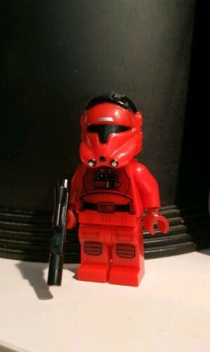 Lego Star Wars cuatom Major Vonreg Red Tie Pilot Empire x Wing Starfighter