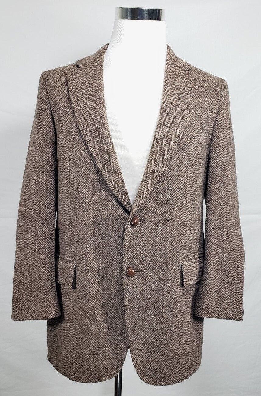 J.B. Britton Harris Tweed 44R 100% Wool Beige 2 Button Blazer Herringbone Elbow