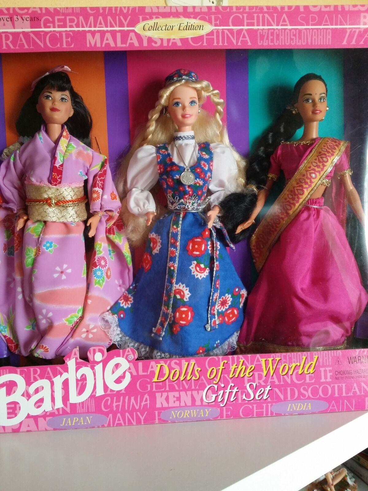 Barbie dolls of the world gift set(japan,norway,india)