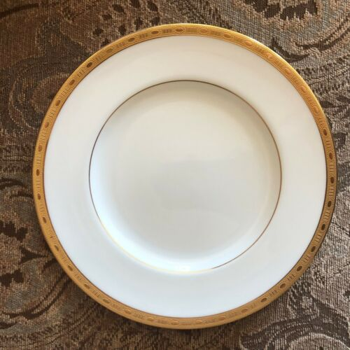 s Lovely Minton Winchester Salad Plate
