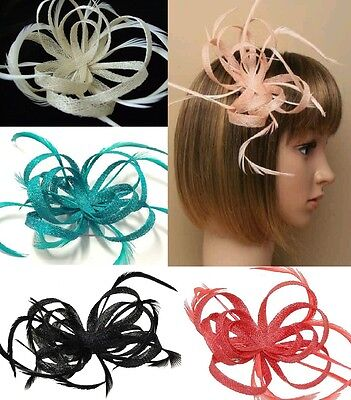 GIZZY® Ladies Pale Pink Petals and Feathers Fascinator on Hair Clip /& Brooch ...