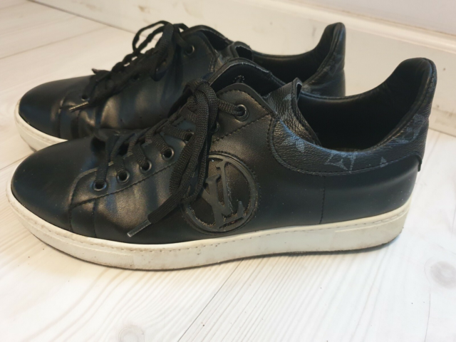 Sneakers, str. 40, Louis  Vuitton,  Sort,  Skind,  Næsten…