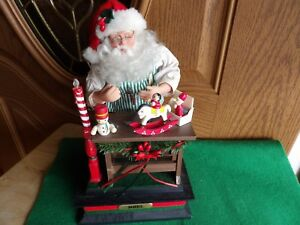 Noel-Santa-Claus-1990-workshop-light-musical-with-wood-toys