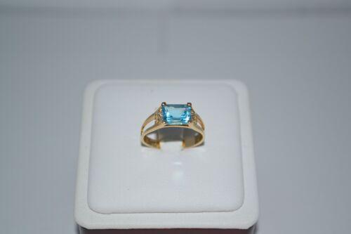 10K SOLID YELLOW GOLD EMERALD CUT BLUE TOPAZ DIAMOND RING