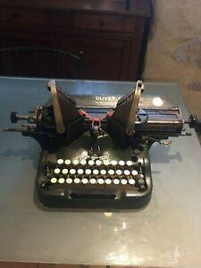 machine a écrire ancienne OLIVER