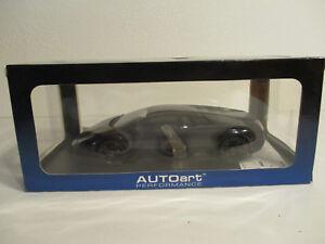 Gok-1-18-Autoart-Lamborghini-Murcielago-LP640-Nero-Aldebaran-Negro-Nuevo