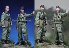 Alpine Mins 35150 Otto Carius + NCO German Army WW2 Set 1/35th Unpainted kit