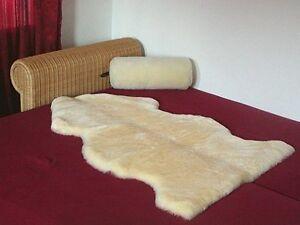 medizinisch-gegerbtes-Lammfell-geschoren-als-Dekorationsfell-Betteinlage
