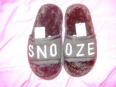 Analitico Black 'snooze' Pantofole-taglia 10-avanti-mostra Il Titolo Originale