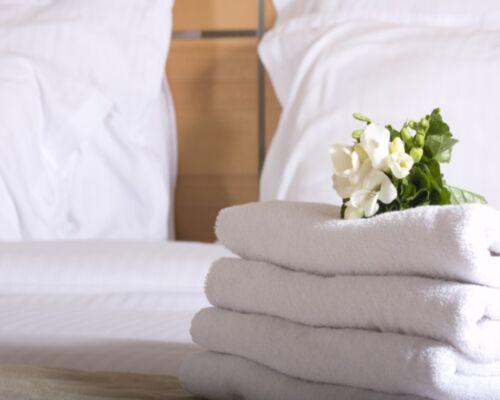 PREMIUM HOTEL QUALITY 100/% EGYPTIAN COTTON TOWELS 700 GSM WHITE HAND//BATH