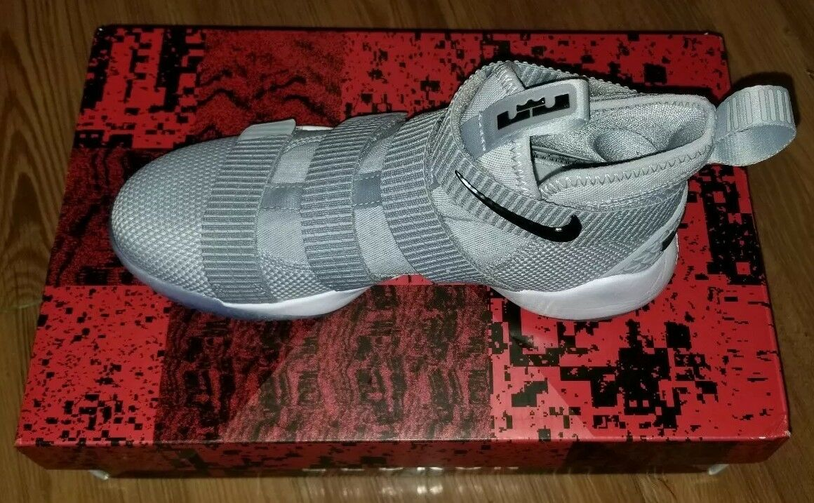 Nike Lebron Soldier XI TB Size 4.5 Grey 943115-002 Jordan