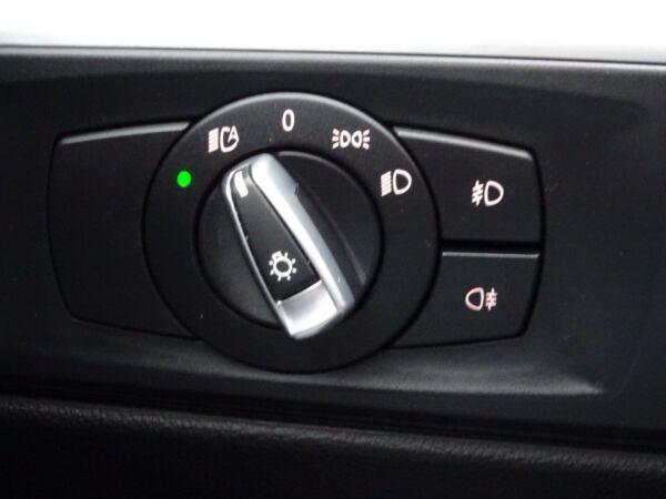 BMW 320d 2,0 Touring Steptr. billede 14