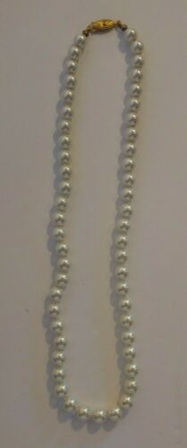 Vintage Faux Pearl Necklace Jewelry