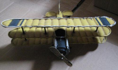 Blechflugzeug Trippledecker 19x16x7cm bewegl. Propeller & Räder #159521