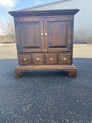 Ethan Allen Dark Antiqued Pine Old Tavern Console Cabinet Ebay