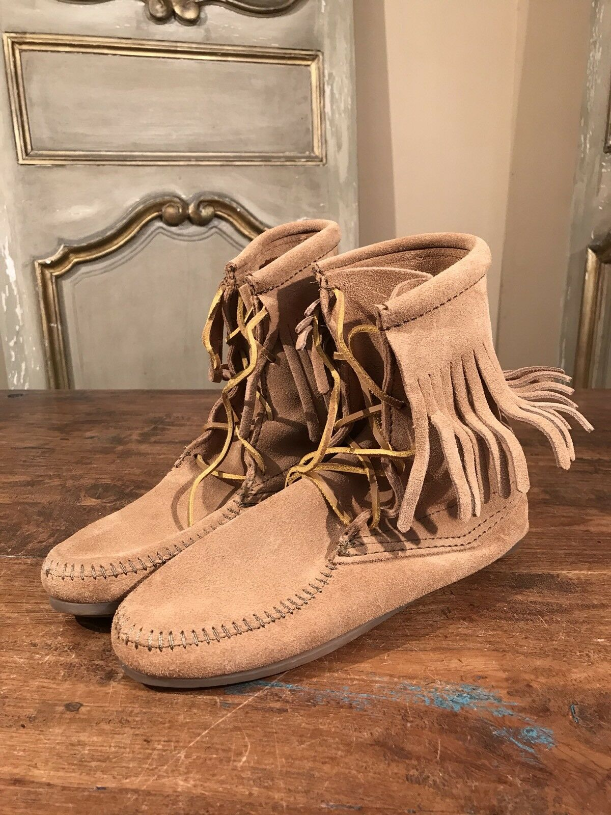 New Minnetonka Ankle Womens Boots Booties Size 6 Native Fringe