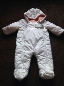 4ed0a3b09 BNWT Baby Girls 3-6 Months White Multi 3-6 Months Snow Suit With ...