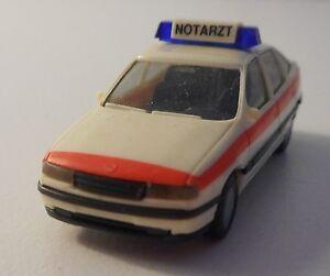 Herpa HO 1:87 Notarzt NEF Opel Vectra GL - Darmstadt, Deutschland - Herpa HO 1:87 Notarzt NEF Opel Vectra GL - Darmstadt, Deutschland