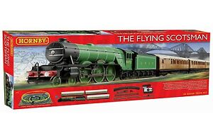 Hornby-R1167-The-Flying-Scotsman-Train-Set-3-Coach-Version-Red-Box-NEW-BOXED