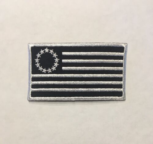 Betsy Ross 13 Star Flag Patch Black /& White Hook /& Loop