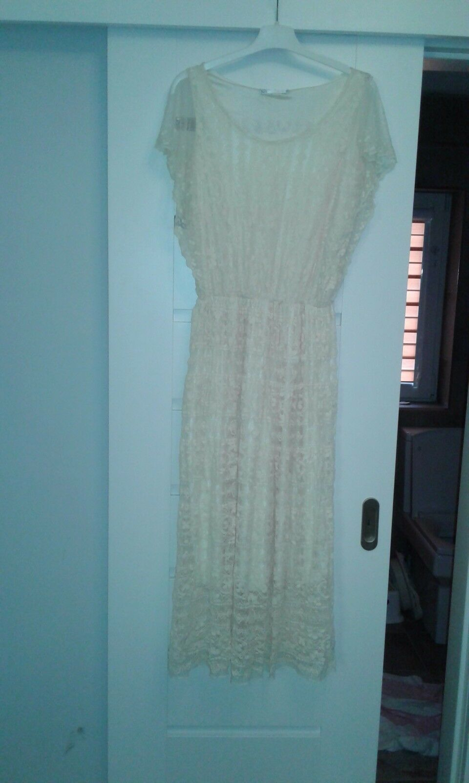 Wedding dress,size L,by Vouley Vous,cream,new no tag