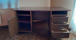 Bureau en bois marron