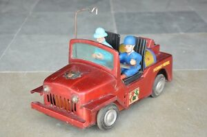 Vintage-Battery-Highway-patrol-F-D-Litho-Jeep-Car-Tin-Toy-Collectible