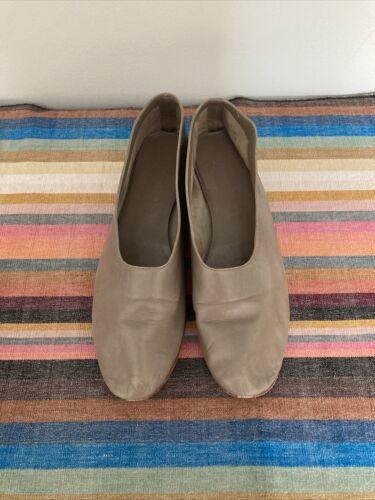Martiniano Glove Shoes 38.5 8.5 Taupe Champignon … - image 1