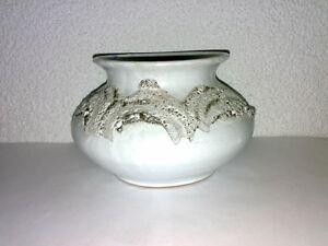 Vase-Signed-MA-LTW-FAT-LAVA-Glaze-Mid-Century-60s-70s-H-10-5-cm-Creme