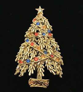 Vintage-Christmas-Tree-BROOCH-Signed-ART-Enamel-RHINESTONE-Pin-Red-Blue-Yellow