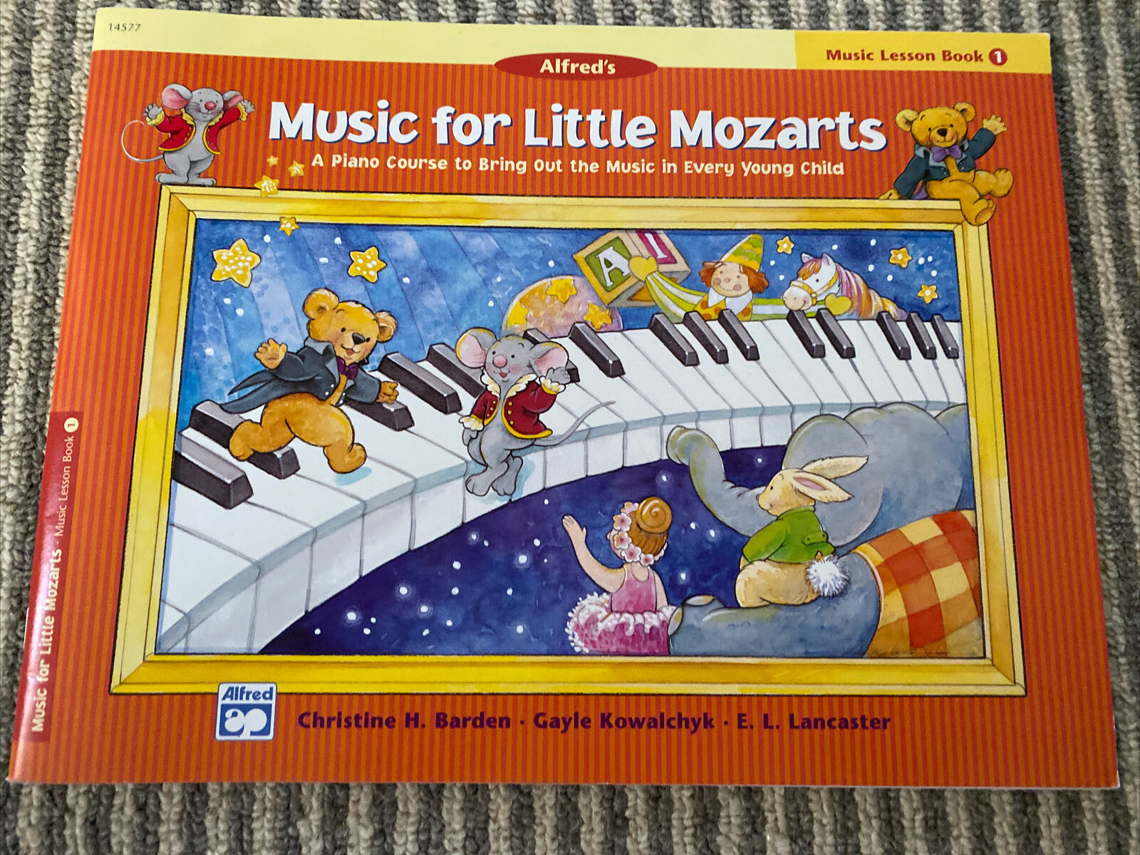 Music for Little Mozarts Music Lesson Book Bk 1 a Piano Course - 0882849662  for sale online
