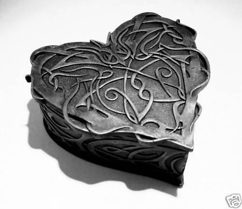 "Schmuckkästchen /""Celtic Heart/"" 15cm Gothic Keltic Dose Herz"
