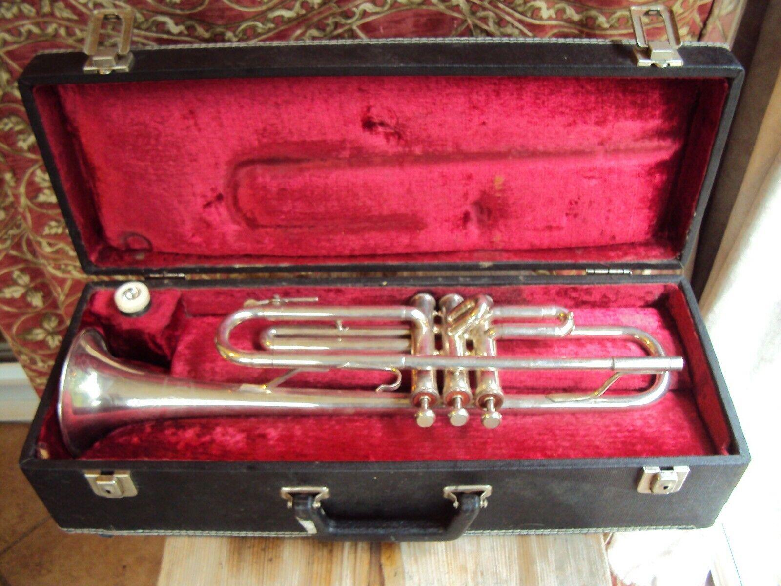 Trompete Weltklang mit Koffer und Mundstück wohl versilbert