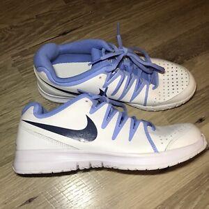 Details about Nike Vapor Court Shoe Womens Size 11 White Blue tennis  sneakers 631713-100