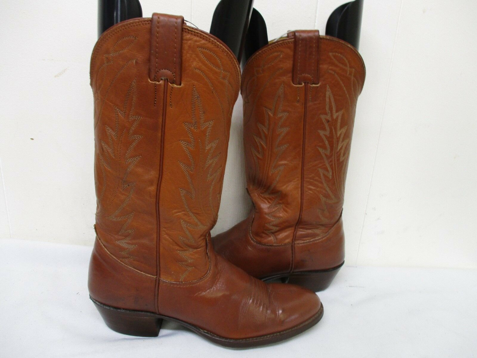 NOCONA Brown Leather Cowboy Boots Womens Size 7 B Style 98993 USA