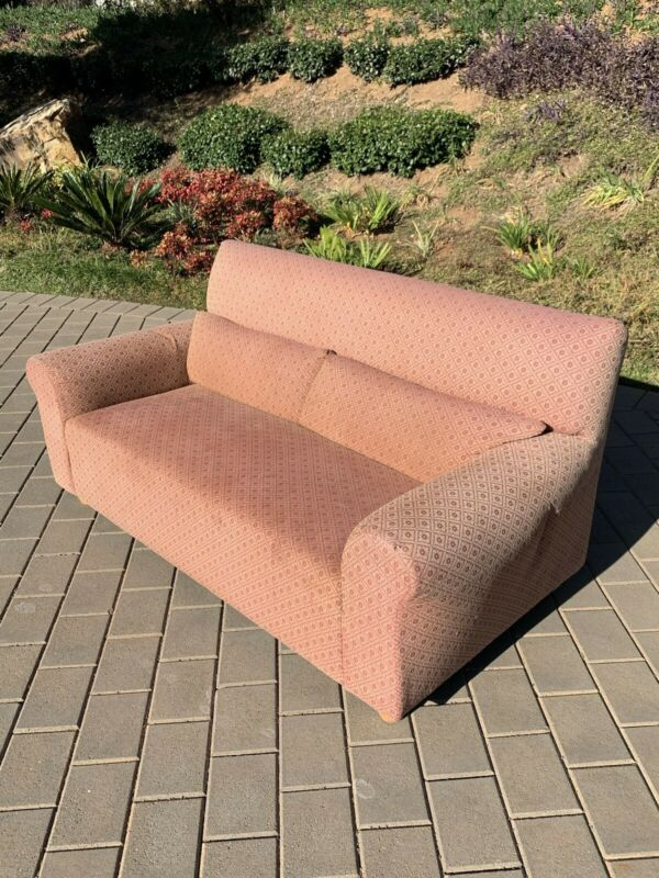 Couch 3 seater excellent condition and comfortable