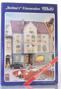 POLA-188-HO-KIT-TOWN-HOUSE-WITH-034-BETTINA-039-S-HAIRDRESSING-SALON-and-LIGHTING